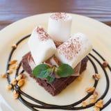 Caramella gommosa e molle e brownie Fotografie Stock Libere da Diritti