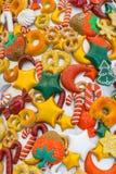 Caramella, neve, lecca-lecca e colori di Natale immagine stock