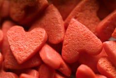 Caramelle del biglietto di S. Valentino a forma di del cuore Immagini Stock Libere da Diritti