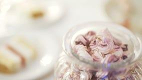 Caramelle di nozze stock footage