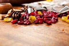 Caramelle e punte di metallo Fotografia Stock
