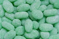 Caramelle verdi variopinte coperte di zucchero Fotografia Stock Libera da Diritti