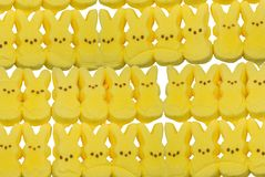 Caramelo amarillo del conejito Foto de archivo libre de regalías