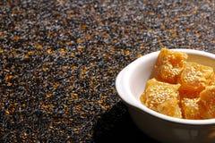 Caramelo chino del sésamo Fotos de archivo libres de regalías