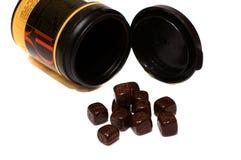 Caramelo de chocolate bajo la forma de cubos Imagen de archivo