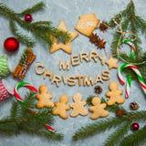 Caramelo del pan de jengibre de la tarjeta de felicitación del fondo del Año Nuevo de la Navidad Imagen de archivo