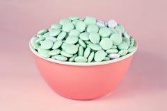 Caramelo en un fondo rosado Imagen de archivo