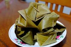 Caramelo tailandês na folha da banana Imagens de Stock