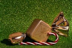 Caramelo y lolipop del oro Fotos de archivo libres de regalías