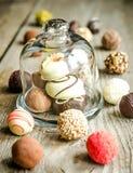 Caramelos de chocolate de lujo imagen de archivo