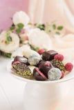Caramelos de chocolate hechos a mano Fotografía de archivo libre de regalías