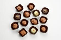 Caramelos de chocolate mezclados imagen de archivo
