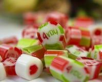 Caramelos de la tarjeta del día de San Valentín Fotografía de archivo