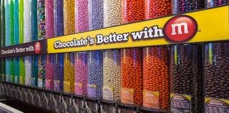 Caramelos de M&M del cacahuete Imagen de archivo libre de regalías