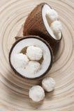 Caramelos del coco fotos de archivo