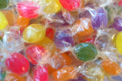Caramelos envueltos Fotos de archivo libres de regalías