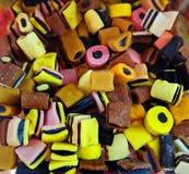 Caramelos multicolores del regaliz Foto de archivo