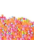 Caramelos multicolores redondos dulces Imagen de archivo libre de regalías