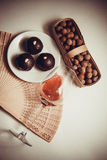 Caramelos oscuros del chocolate fotografía de archivo