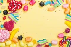 Caramelos, piruletas, gusanos de la jalea imagen de archivo libre de regalías