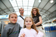 Caras de la familia que viajan Imagen de archivo libre de regalías