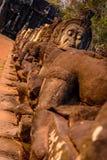 Caras de la puerta del sur, Angkor Thom, Camboya Imágenes de archivo libres de regalías