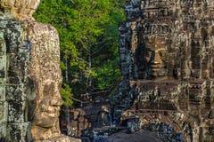 Caras de pedra no templo do bayon em Siem Reap, cambodia 8 foto de stock
