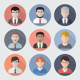 Caras masculinas diferentes em ícones do círculo Fotografia de Stock Royalty Free