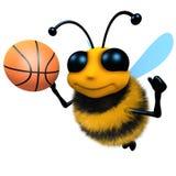 carattere divertente dell'ape del miele del fumetto 3d che gioca pallacanestro Fotografia Stock