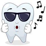 Carattere fresco del dente con gli occhiali da sole illustrazione vettoriale