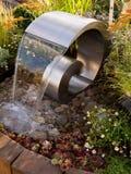 Caratteristica sensoriale di terapia dell'acqua del giardino Fotografia Stock
