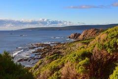 Caratteristiche e rocce geologiche alle rocce del canale fotografia stock