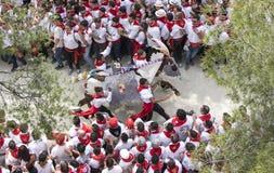 Caravaca de la Cruz, Spanien, am 2. Mai 2019: Pferderennen bei Caballos Del Vino stockfotos