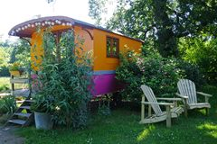 CARAVAN FITTED OUT IN UNUSUAL HOUSING. PEACEFUL PLACE FOR A NIGHT CLOSE TO THE NATURE. stock photography