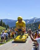 Caravana de la publicidad en los Pirineos Imagen de archivo
