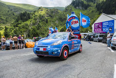 Caravana de X-TRA - Tour de France 2014 Fotografía de archivo libre de regalías
