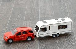 Caravana del coche y del remolque Fotografía de archivo libre de regalías
