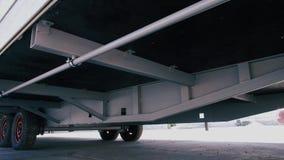 Caravana, visión inferior Caravana de las ruedas metrajes