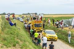 Caravane de BIC sur un Tour de France 2015 de route de pavé rond Photos libres de droits