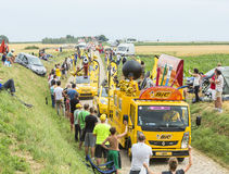 Caravane de BIC sur un Tour de France 2015 de route de pavé rond Photos stock