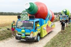 Caravane de Teisseire sur un Tour de France 2015 de route de pavé rond Photo stock