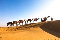 Caravane Jaisalmer de désert image stock