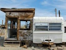 Caravane résidentielle abandonnée Photos libres de droits
