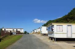 Caravans tow mobile home