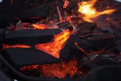Carbón ardiente Fotografía de archivo libre de regalías