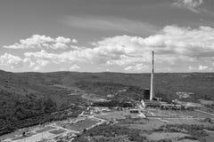 Carbón del combustible fósil que quema la planta de la corriente eléctrica Fotos de archivo