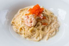Carbonara и креветка спагетти Стоковое Фото
