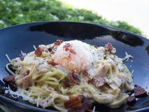 Carbonara delicioso de los espaguetis Fotografía de archivo
