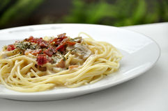 Carbonara spagetti Royaltyfria Foton