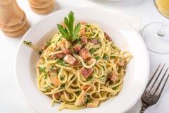 Carbonara tradicional del espagueti Imagen de archivo